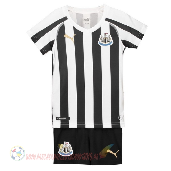 Destockage Maillot De Foot PUMA Domicile Ensemble Enfant Newcastle United 2018-2019 Blanc Noir