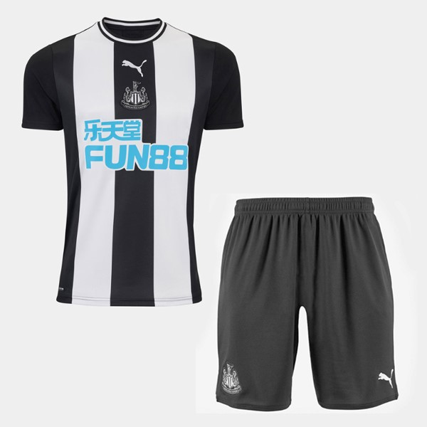 Destockage Maillot De Foot PUMA Domicile Ensemble Enfant Newcastle United 2019 2020 Blanc Noir