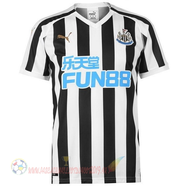 Destockage Maillot De Foot PUMA Domicile Maillots Newcastle United 2018-2019 Noir