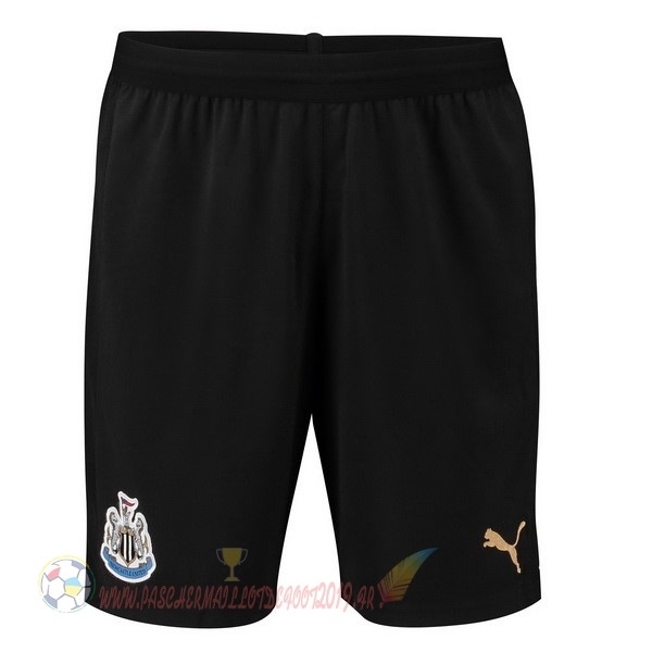Destockage Maillot De Foot PUMA Domicile Shorts Newcastle United 2018-2019 Noir