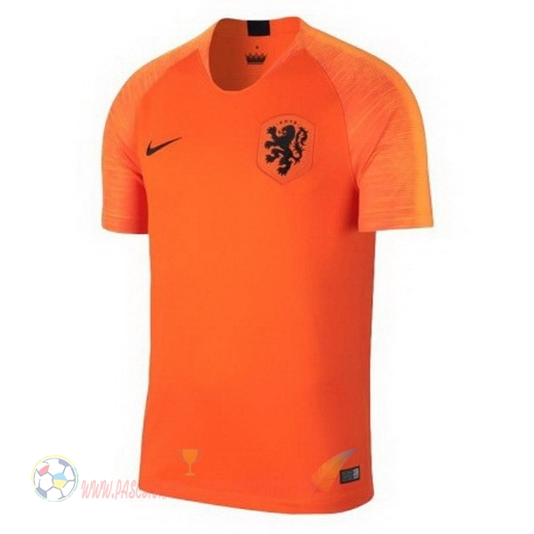 Destockage Maillot De Foot Nike Thailande Domicile Maillots Pays Bas 2018 Orange
